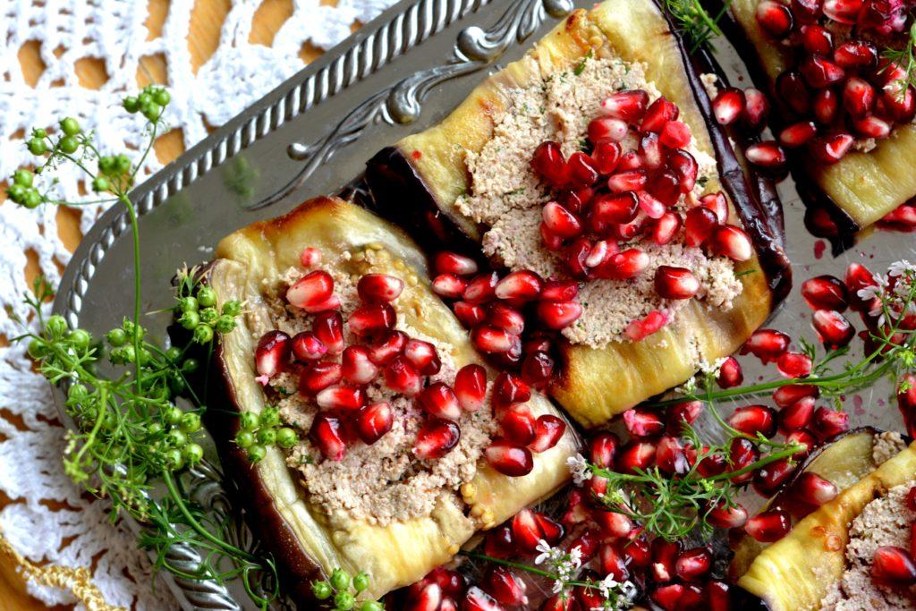 Gruzińskie roladki z bakłażana