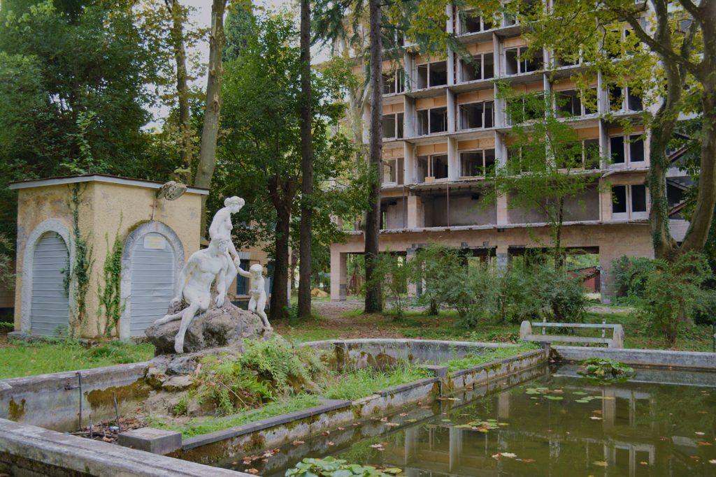 Ogród botaniczny w Suchumi