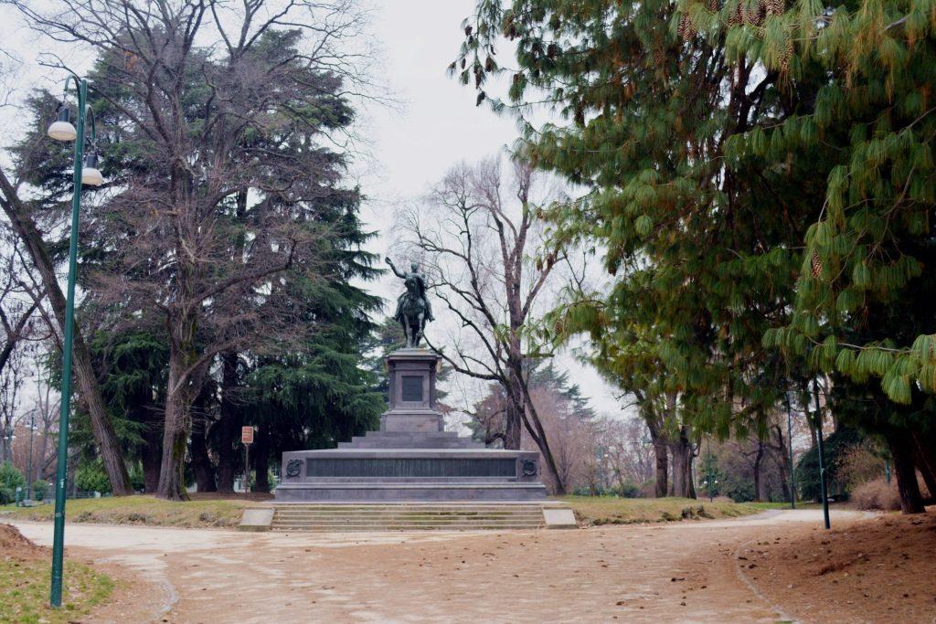 Castello Sforzo i Via Dante, park Sempione