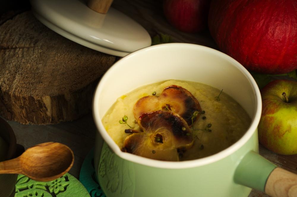 zupa kalafiorowa z jabłkiem