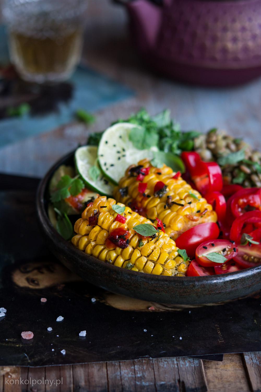 Budha-bowl-z-kukurydzą